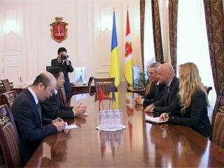 Геннадий Труханов: Китайские дипломаты с визитом вежливости посетили мэрию
