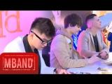 Репортаж с автограф-сессии группы MBAND (RU Новости)