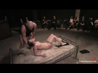 unizitelnoe-porno-na-publike