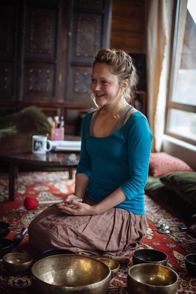 Афиша Коломна релакс-медитация с поющими чашами 11 января!