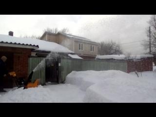 как надо убирать снег