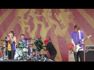 Red Hot Chili Peppers - Right On Time (Jazz Fest 04.24.16) HD~(1)