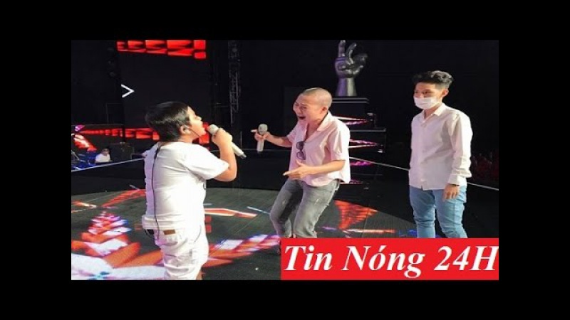 Phương Thanh xuất hiện với mái đầu trọc Hồng Nhung đưa 2 con đi tổng duyệt Liveshow 6 Tin Nóng 24h