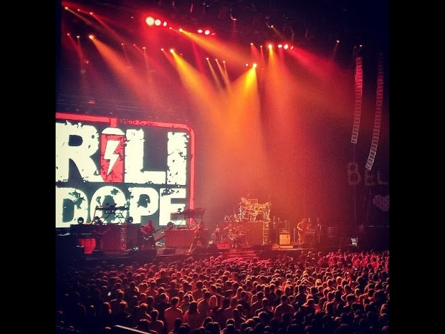 Rili Dope - Sabotage / Feel Dat (Linkin Park opening act, Minsk-Arena, 27.08.15)