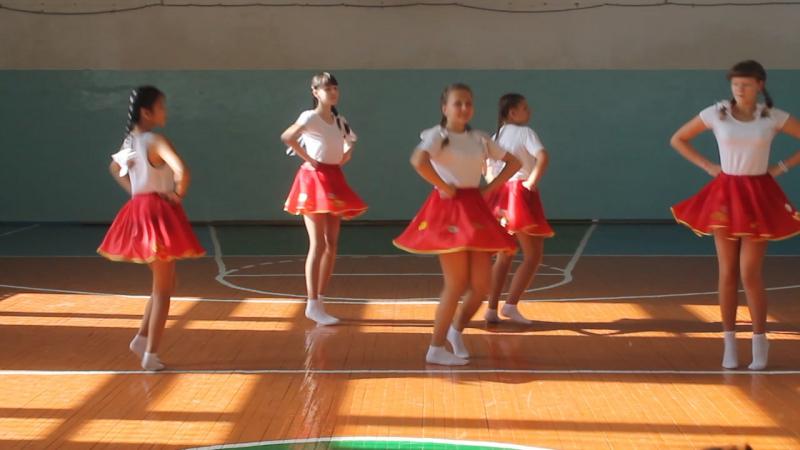 Танец 8 класса Алло мы ищем таланты