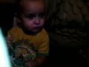 сынок кушает лимон