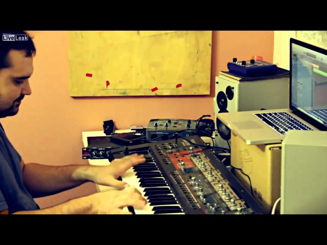 8-битная музыка по новому - SUPER MARIO 2013