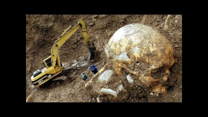 SMITHSONIAN COVERUP - 1000s of Reports of Giant Skeletons Found
