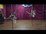 Pole-dance  дети Wellness - студия Дарьи Беловой София и Полина