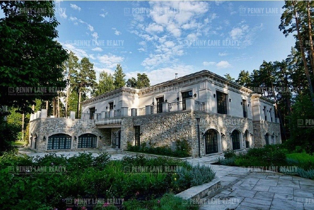 Дом в коттеджном поселке Сады Майендорф