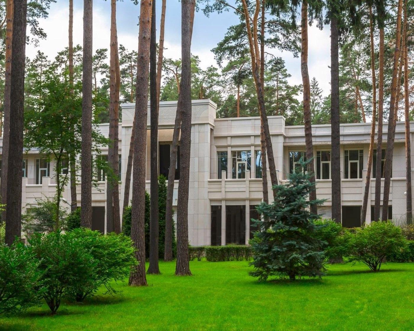 Резиденция в Жуковка