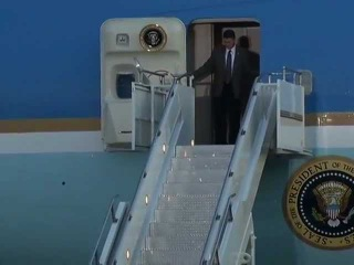 President Obama Arrives at Osan Air Base, South Korea to Visit Demilitarized Zone (DMZ)