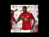 Погба играет в FIFA 17 и забивает НЕПЛОХОЙ гол | ФИФА с орешками