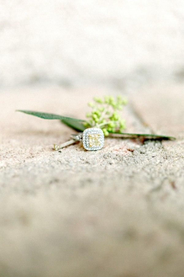 0HjFAK2EuWs - Красота, застывшая в металле обручальных колец (50 фото)