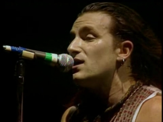 The Best of U2 live 1987-2005
