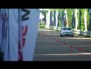 Nissan Juke R beats Bugatti Veyron and Ferrari 599 GTO