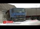 На Дніпропетровщині 30-тонна вантажівка з гречкою в`їхала у хату