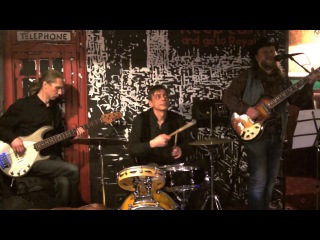 Rost Roll Band — Пусть бегут неуклюже