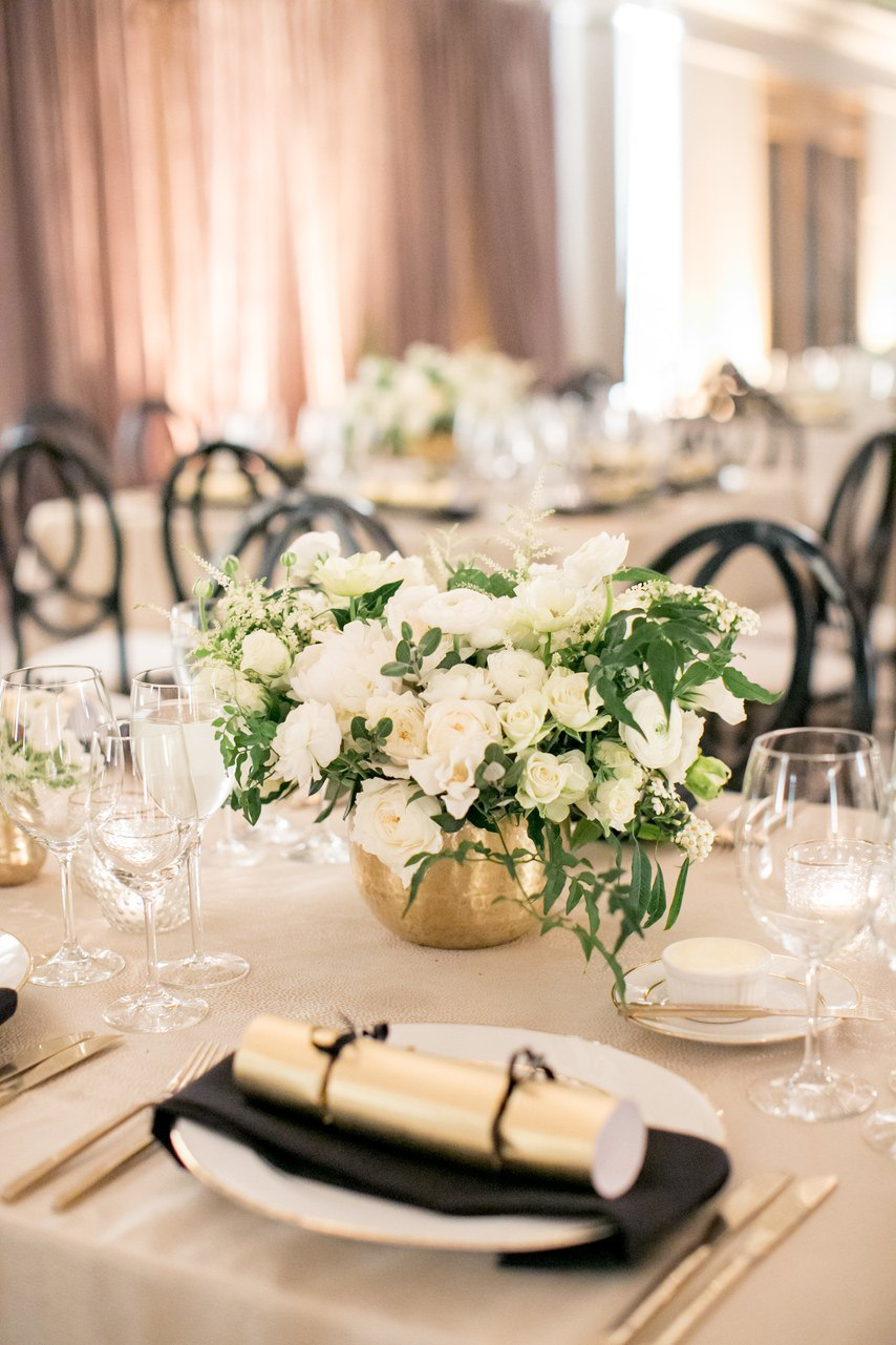 juCygoVNZ7A - Свадьба свадебного организатора (24 фото)