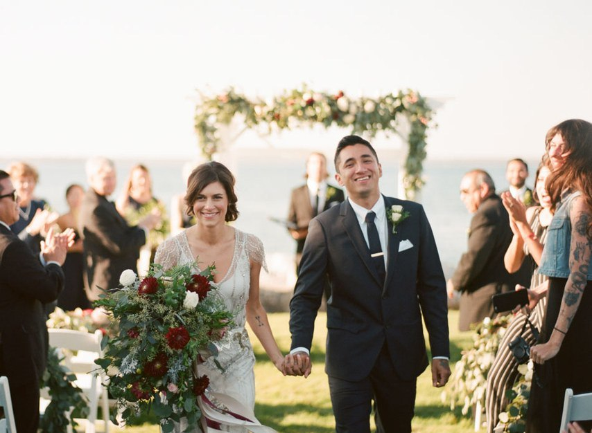 EBnbmFUeKNQ - Романтическая свадьба на берегу озера (26 фото)