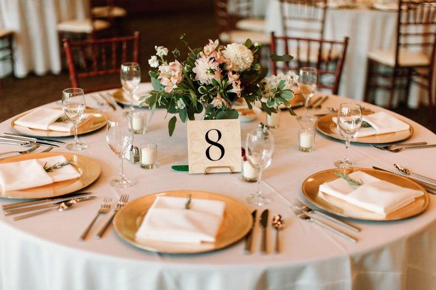 QrYF3kOw6dg - Романтическая свадьба на берегу озера (26 фото)