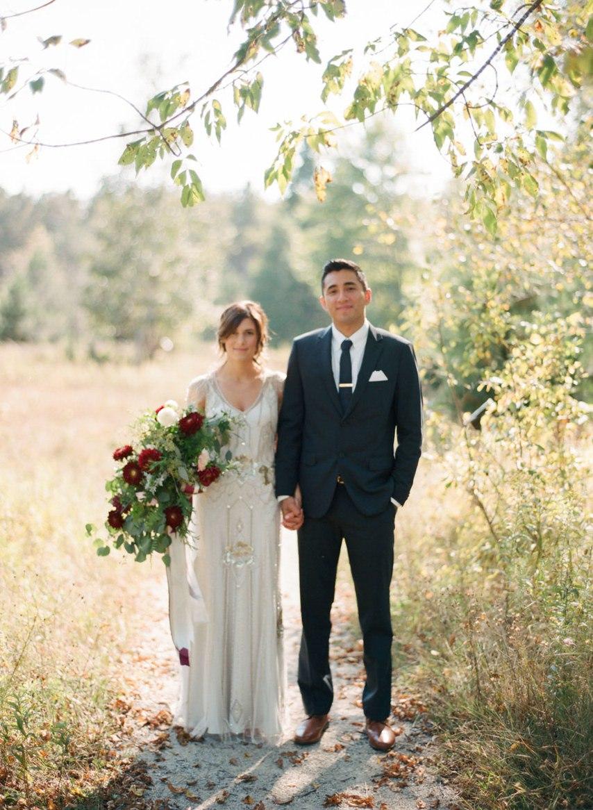 d6w6qWP7obE - Романтическая свадьба на берегу озера (26 фото)