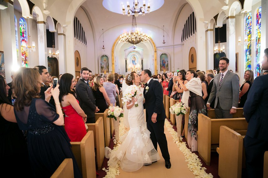 C2NCg8wxWmA - Раффи и Анжела. Свадьба в стиле Гламур. (26 фото)