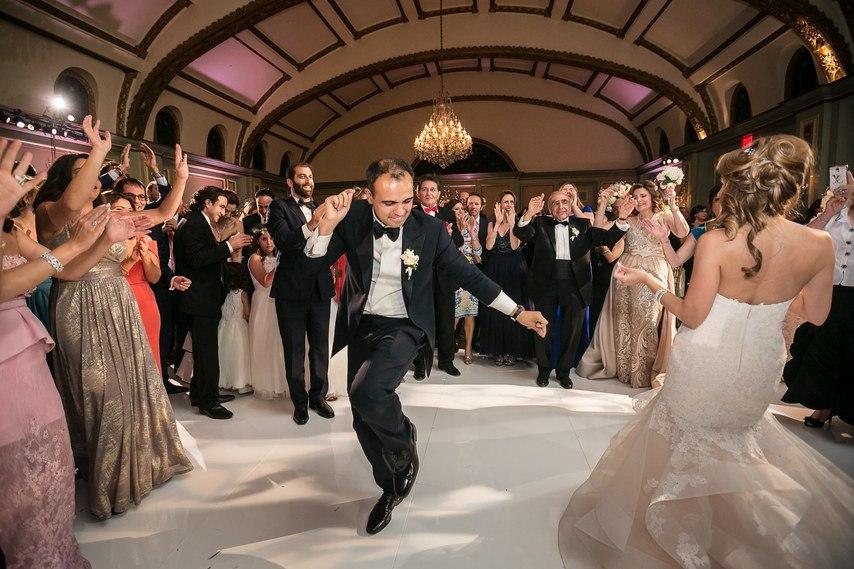 27WokdBBzPI - Раффи и Анжела. Свадьба в стиле Гламур. (26 фото)