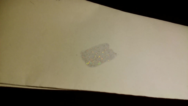 FIRST HOLOGRAPHICK NAIL LAQUER EXAMPLE ON PAPER