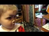 маленькая девочка сама себя подстригла) (Only Video)