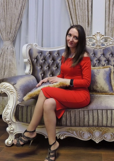 Яна Толстая