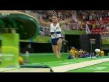 Французский гимнаст Самир Аит ломает ногу после неудачного приземления в опорном прыжке