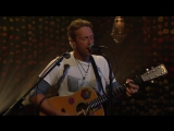 Chris Martin performs Hymn For The Weekend on the Conan show