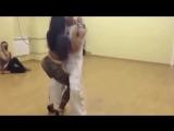 Вот это Секси танец! И как этот парень держится