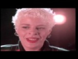 Yazz &amp The Plastic Population - The Only Way Is Up (Single Version) Music Video