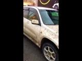 Rav 4 Случай на автомойке. Девушка пригнала на мойку свою машину, что было дальше смотрите сами.