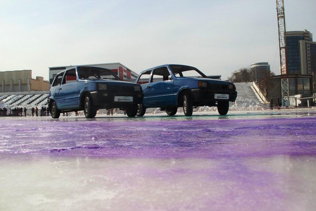 Турнир пометанию авто «Ока» состоялся вЕкатеринбурге