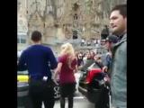 Shakira grabando cerca de la sagrada Familia de Barcelona,Espa