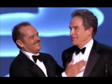 Warren Beatty receiving the Irving G. Thalberg Memorial Award