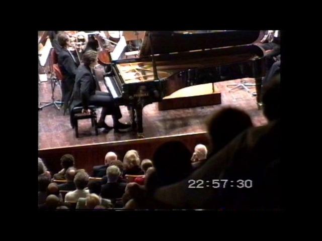 Pogorelich plays Tchaikovsky: Piano Concerto N. 1 Op. 23