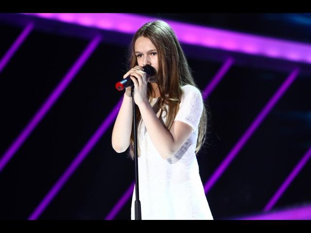 Kelly Clarkson - Because of You. Vezi interpretarea Evei Timuș, la Next Star!
