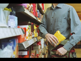 В Петербурге задержали молодого человека при попытке кражи продуктов