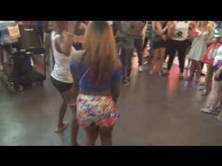 The best twerk team in the world - hot beautiful jamaican girls twerk celebrating lgbt pride dac