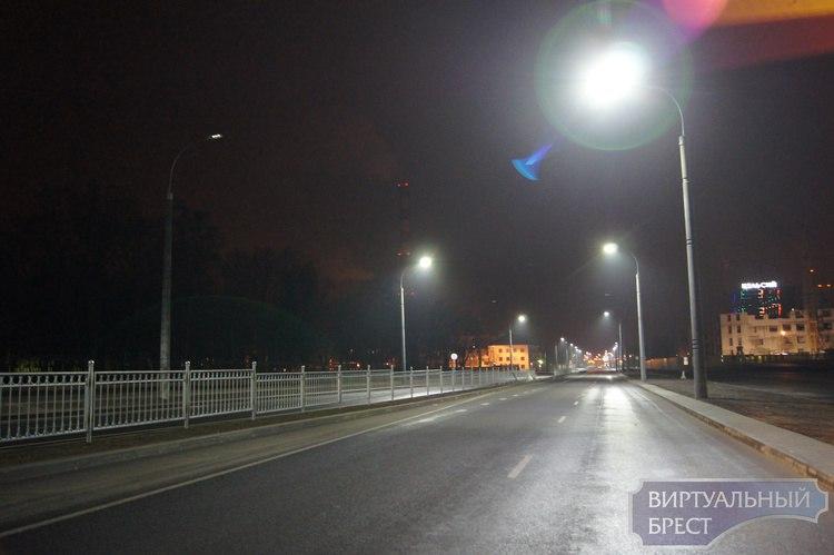 Новое светодиодное освещение установили на въезде в город