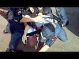 Полиция задержала пьяного гонщика, когда он спал в автомобиле