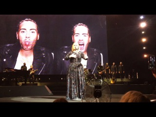 Adele - When We Were Young, Rolling In The Deep (Live in Miami 26.10.2016)