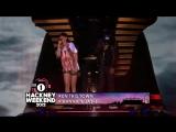Jay- Z ft. Rihanna - Run This Town (Live)