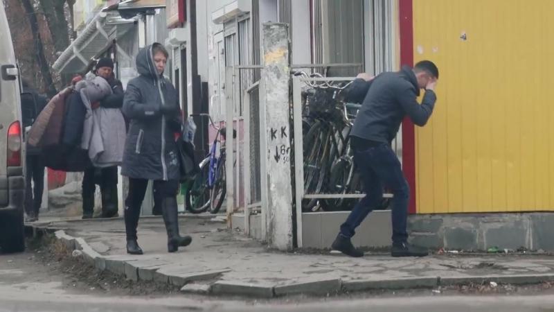 Прихована камера_ коростишівці поспішають на допомогу