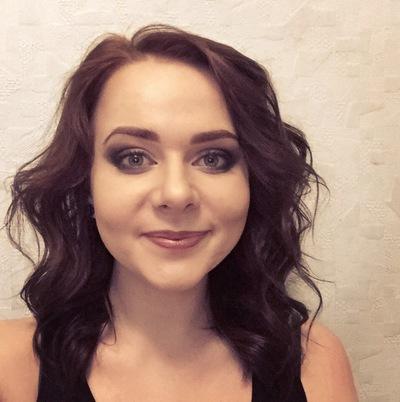 Полина Живцова