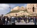 Надпись «Верь в Алеппо» появилась перед цитаделью в Сирии